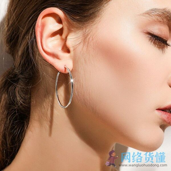2021春夏流行耳环图片